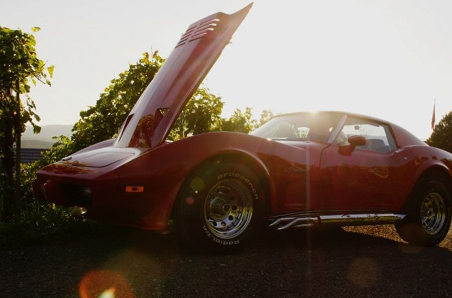 chevrolet corvette c3 1975 oldtimer inserate verkaufen mieten treffen. Black Bedroom Furniture Sets. Home Design Ideas